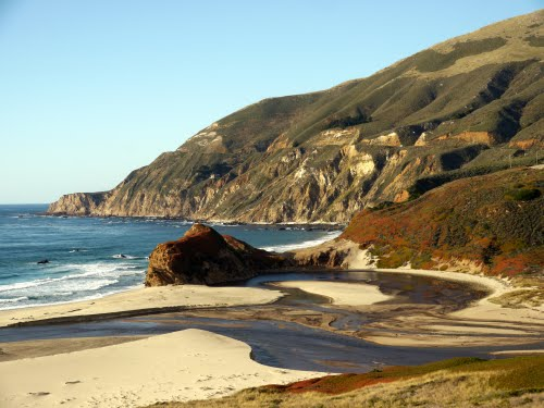 Featured medium photo of Big Sur on TripHappy's travel guide