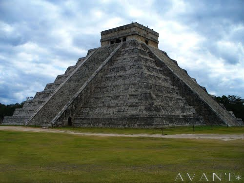 Featured medium photo of Chichén Itzá on TripHappy's travel guide