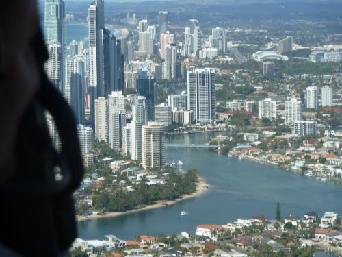 Featured medium photo of Surfers Paradise on TripHappy's travel guide