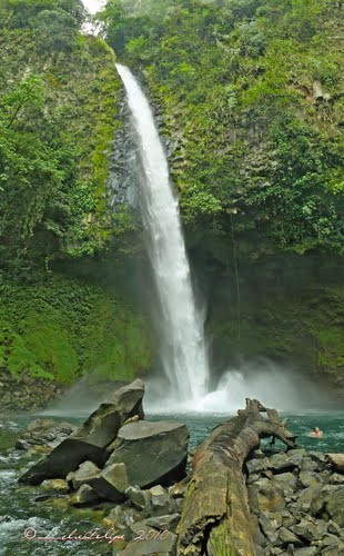 Photo of Arenal Volcano in the TripHappy travel guide
