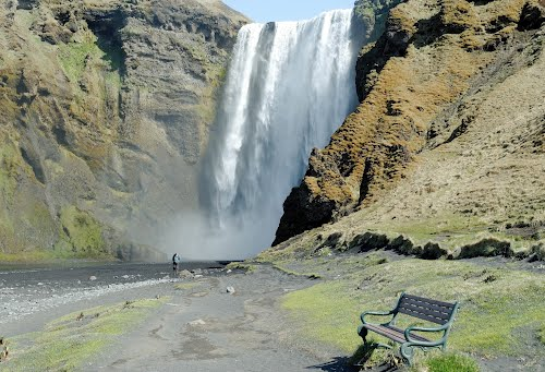 Photo of Skógafoss in the TripHappy travel guide
