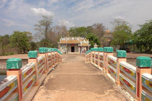 Featured medium photo of Aranyaprathet on TripHappy's travel guide