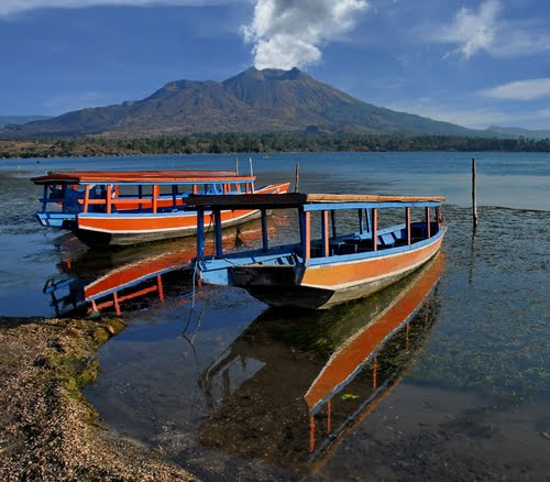 Photo of Mount Batur in the TripHappy travel guide