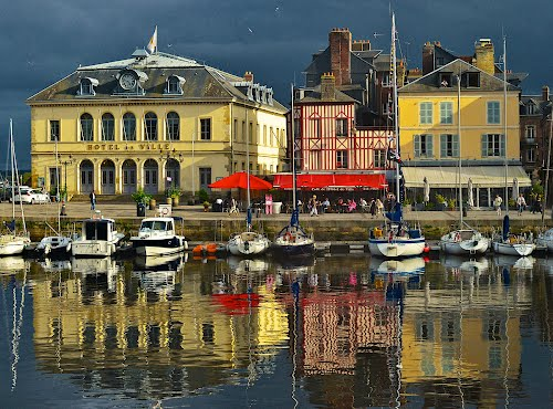 Photo of Honfleur in the TripHappy travel guide