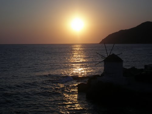Featured medium photo of Amorgos on TripHappy's travel guide