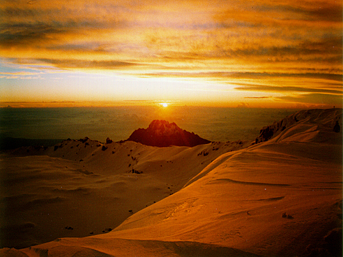 Photo of Mount Kilimanjaro in the TripHappy travel guide