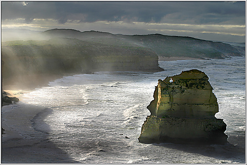 Photo of Port Campbell in the TripHappy travel guide