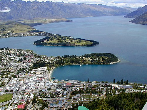 Photo of Queenstown in the TripHappy travel guide