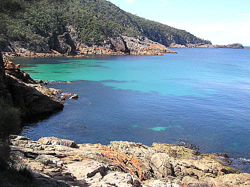 Photo of Coles Bay in the TripHappy travel guide