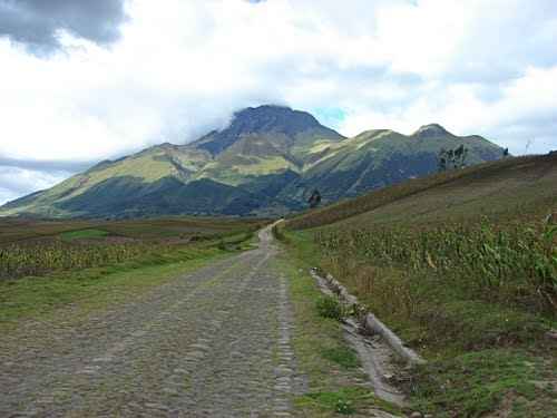Featured medium photo of Otavalo on TripHappy's travel guide
