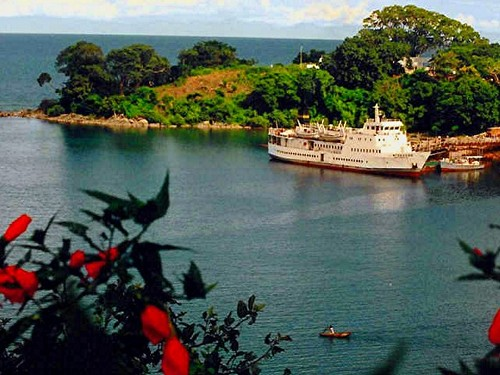 Featured medium photo of Nkhata Bay on TripHappy's travel guide
