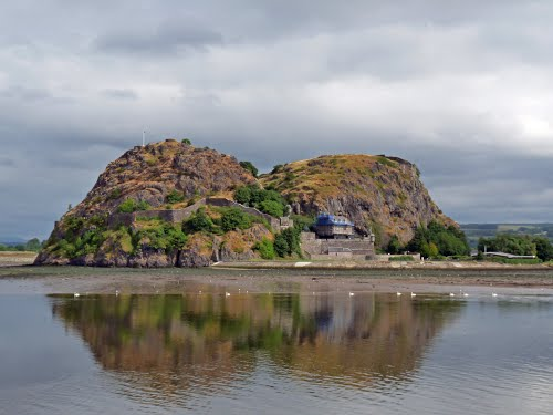 Photo of Dumbarton in the TripHappy travel guide