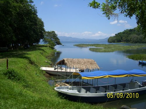 Photo of Lake Yojoa in the TripHappy travel guide
