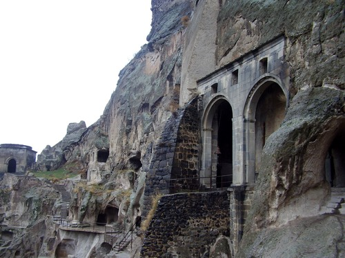 Photo of Vardzia in the TripHappy travel guide