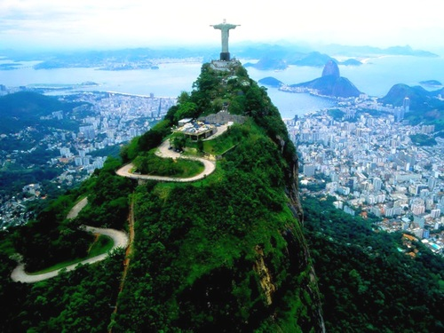 Featured medium photo of Rio de Janeiro on TripHappy's travel guide