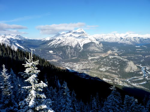 Featured medium photo of Banff on TripHappy's travel guide