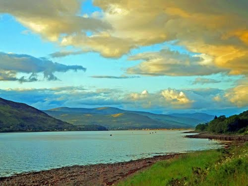Featured medium photo of Fort William on TripHappy's travel guide