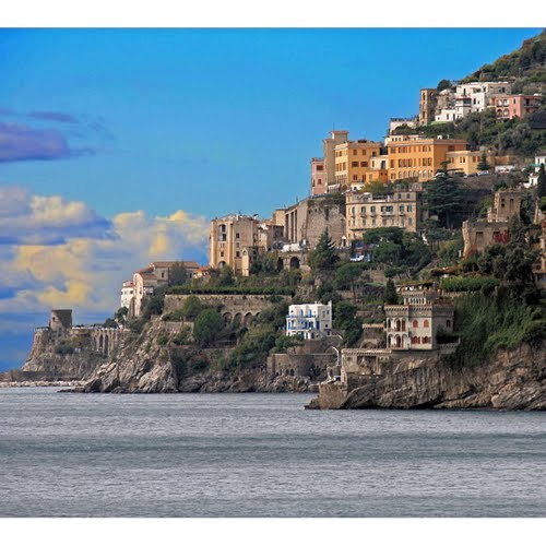 Photo of Amalfi in the TripHappy travel guide