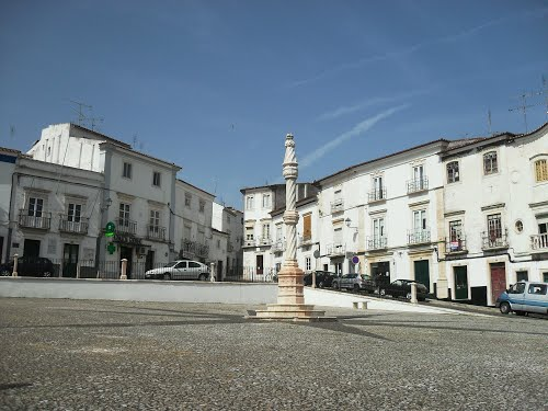 Photo of Estremoz in the TripHappy travel guide