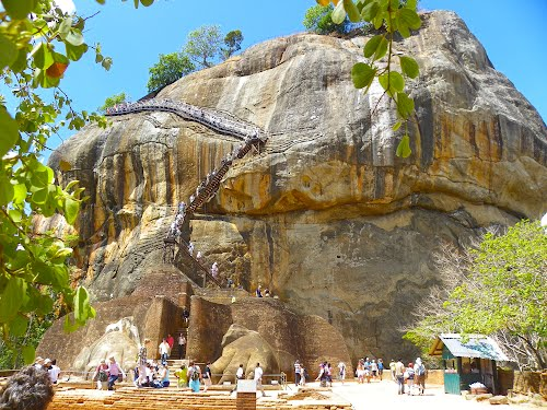 Featured medium photo of Dambulla on TripHappy's travel guide