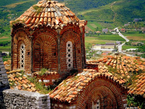 Photo of Berat in the TripHappy travel guide