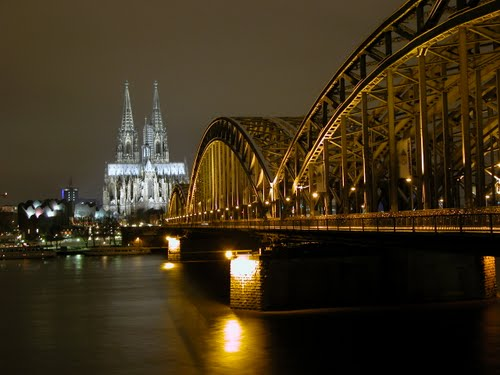 Featured medium photo of Cologne on TripHappy's travel guide