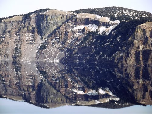 Featured medium photo of Crater Lake National Park on TripHappy's travel guide