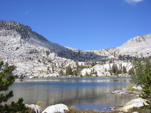Featured medium photo of Kings Canyon National Park on TripHappy's travel guide