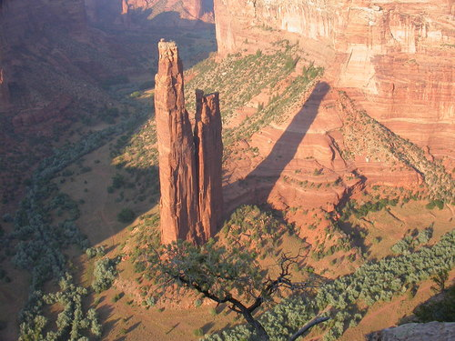 Featured medium photo of Canyon de Chelly National Monument on TripHappy's travel guide