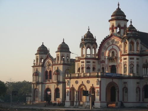 Featured medium photo of Mahabat Maqbara & Jammi Masjid on TripHappy's travel guide