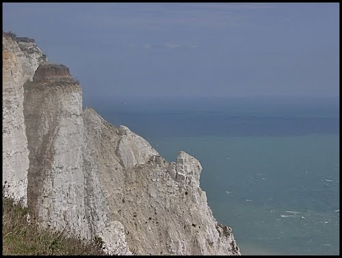Featured medium photo of Dover on TripHappy's travel guide