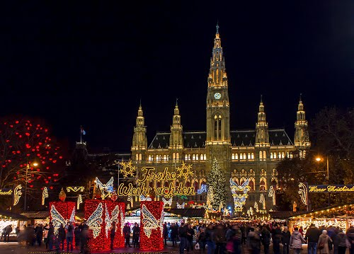 Featured medium photo of Vienna on TripHappy's travel guide