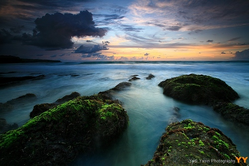 Featured medium photo of Uluwatu Temple on TripHappy's travel guide