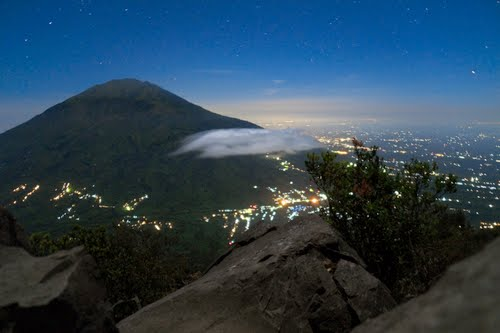 Photo of Mount Merapi in the TripHappy travel guide