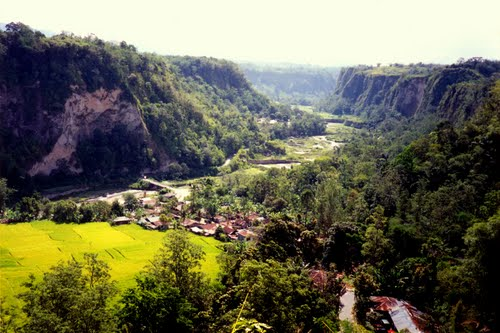 Photo of Bukittinggi in the TripHappy travel guide