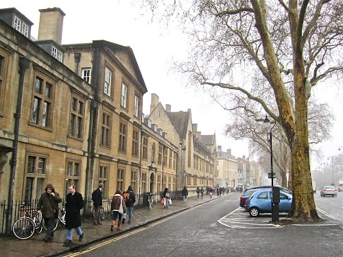 Featured medium photo of Oxford on TripHappy's travel guide