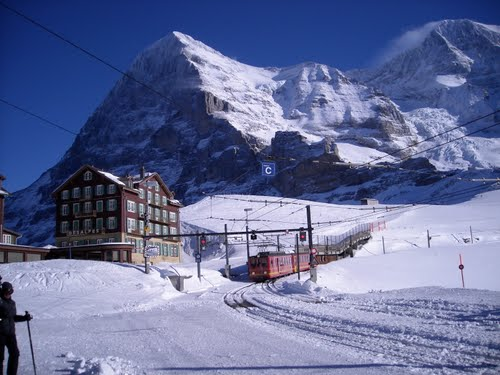 Featured medium photo of Jungfraujoch on TripHappy's travel guide