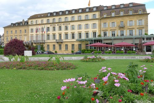Photo of Neuchâtel in the TripHappy travel guide