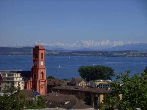 Featured medium photo of Neuchâtel on TripHappy's travel guide