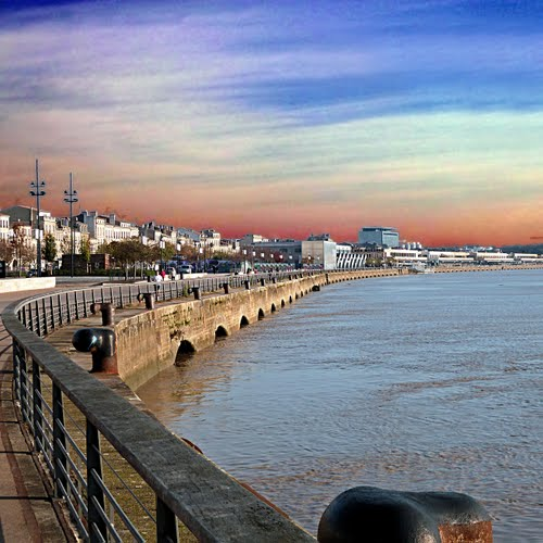 Photo of Bordeaux in the TripHappy travel guide