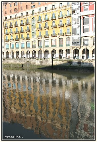 Photo of Bilbao in the TripHappy travel guide