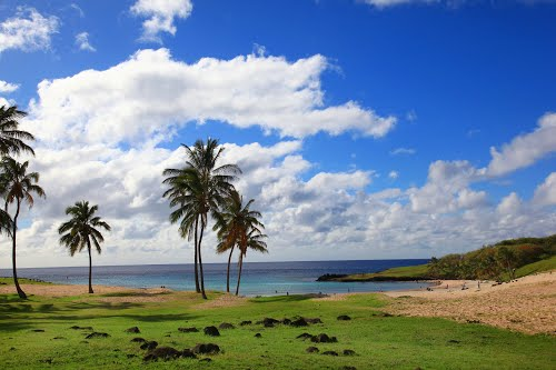Photo of Easter Island in the TripHappy travel guide