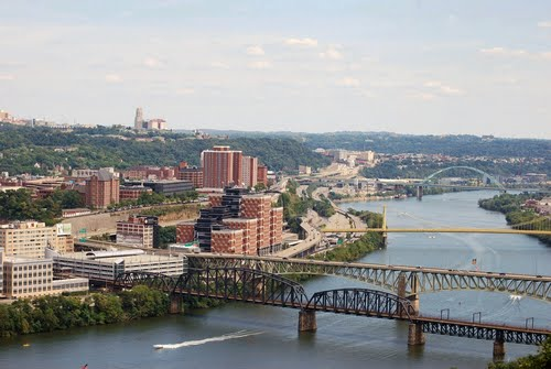 Photo of Pittsburgh in the TripHappy travel guide