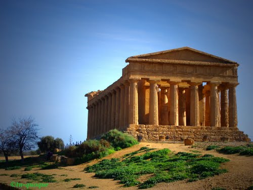 Photo of Agrigento in the TripHappy travel guide