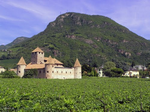 Photo of Bolzano in the TripHappy travel guide