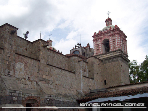 Featured medium photo of Tlacolula de Matamoros on TripHappy's travel guide