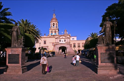 Photo of Santiago de Querétaro in the TripHappy travel guide