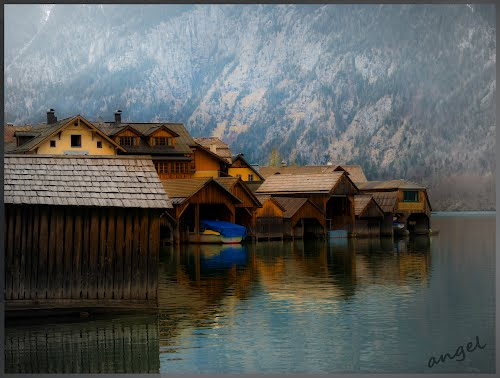 Photo of Hallstatt in the TripHappy travel guide