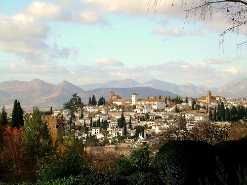 Featured medium photo of Alhambra on TripHappy's travel guide
