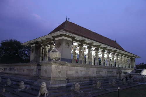 Featured medium photo of Pettah on TripHappy's travel guide